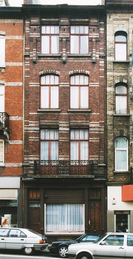 Chaussée de Louvain 332-334, Bruxelles Extension Est (© APEB, photo 2000).