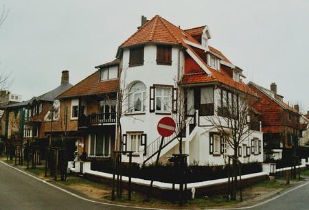 Hoge Duinenlaan 22 en 26, De Panne, Villa's 'Les Lauriers' en 'Maison Neuve' (© T. Verhofstadt, foto 2001)