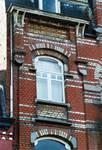 Avenue des Frères Haeghe 25, Tournai, troisième étage, travée droite (© APEB, photo 2002).