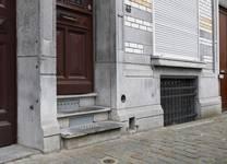 Rue Rasson 43-45, Schaerbeek, soubassement (© APEB, photo 2016).