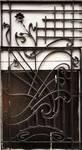 Rue Waelhem 48, Schaerbeek, porte, grille gauche, proposition de remise dans le bon sens du panneau inférieur (© APEB, photo 2016).