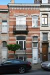 Rue Luther 8, Bruxelles Extension Est, maison construite par un autre architecte (© APEB, 2016).