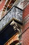 Avenue des Frères Haeghe 25, Tournai, troisième étage, balcon (© APEB, photo 2002).