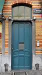 Louis Bertrandlaan 53-61, Schaarbeek, gelijkvloers aan de Bertrandlaan, deur naar de appartementen (© APEB, foto 2012).