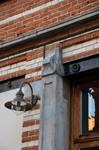 Chaussée de Wavre 580-582, Etterbeek, détail d'un piédroit de la vitrine côté rue du Préau (© APEB, photo 2016).