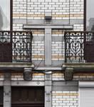 Rue Rasson 43-45, Schaerbeek, premier étage, trumeau central (© APEB, photo 2016).
