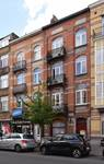 Avenue Chazal 25 et 23, Schaerbeek, maisons construites par un autre architecte (© APEB, photo 2016).