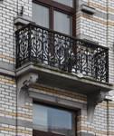 Rue Rasson 43-45, Schaerbeek, deuxième étage, balcon droit (© APEB, photo 2016).