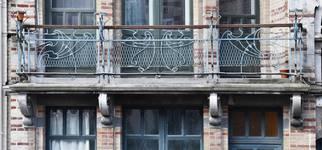 Boulevard Clovis 85-87, Bruxelles Extension Est, partie gauche, balcon du premier étage (© APEB, photo 2016).