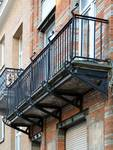 Rue des Éburons 31, Bruxelles Extension Est, balcon (© APEB, photo 2015).