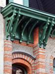 Saint-Quentinstraat 30, Brussel Uitbreiding Oost, kroonlijst (© APEB, foto 2015).