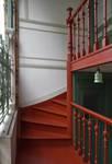 Rue Luther 28, Bruxelles Extension Est, porche d'entrée, escalier (© APEB, photo 2016).