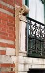 Avenue Van Cutsem 27, Tournai, rez-de-chaussée, porte-fenêtre (© APEB, photo 2002).