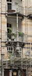 Avenue Louis Bertrand 63-65, Schaerbeek, premiers étages côté avenue, travée gauche, loggias (© APEB, photo 2012).