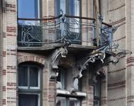 Boulevard Clovis 85-87, Bruxelles Extension Est, partie gauche, balcon du deuxième étage (© APEB, photo 2016).