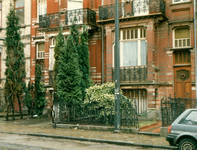 Avenue Clays 47, Schaerbeek, avant aménagement du garage, ACS/Urb. 49-47-49 (1988).