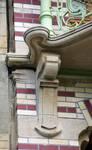 Square Ambiorix 11, Bruxelles Extension Est, console gauche du balcon du premier étage (© APEB, photo 2015).