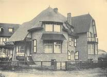 Bortierlaan 24 en Hoge Duinenlaan 25, De Panne, Villa's 'René' en 'Norbert' (Album de la Maison Moderne, [1908], plaat 44)