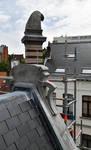 Saint-Quentinstraat 32, Brussel Uitbreiding Oost, topstuk van het dakvenster (© APEB, foto 2016).