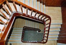 Boulevard des Déportés 34, Tournai, cage d'escalier (© APEB, photo 2004).