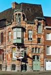 Rue des Volontaires 1, Tournai (© APEB, photo 2002).