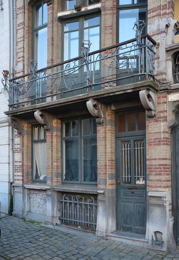 Maison van dijck boulevard clovis 85 87 bruxelles for Extension maison 85